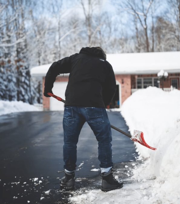 The Dangers of Shoveling Snow for Your Heart and Back